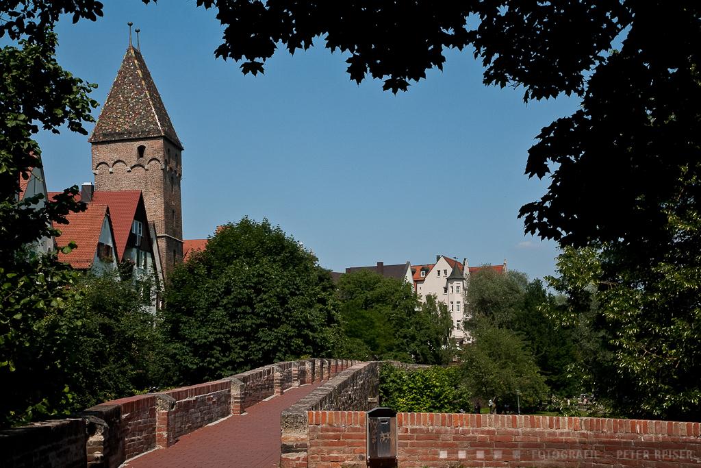 Auf der Stadtmauer mit Blick auf den Metzgerturm