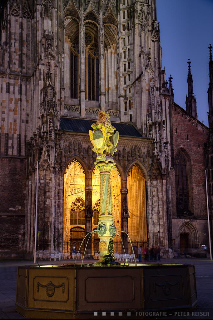 Löwenbrunnen auf dem Münsterplatz