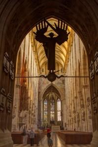 Blick aus der Turmhalle in das Mittelschiff des Ulmer Münsters