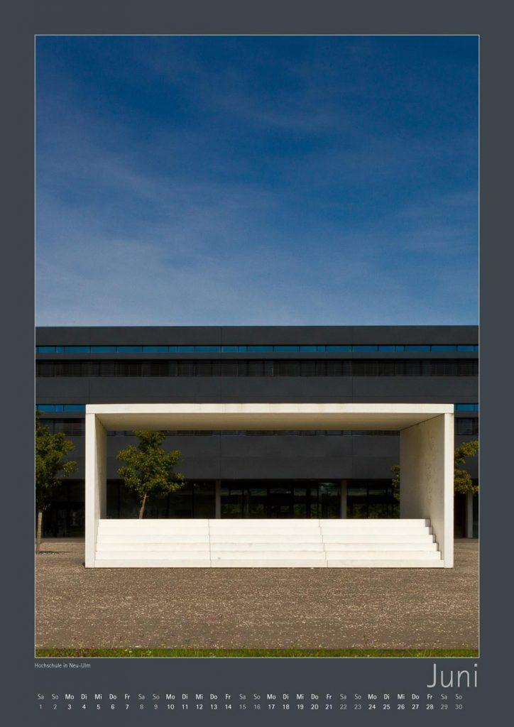 https://www.ulm-kalender.de/wp-content/uploads/2018/09/ULM-Kalender-11-10-2018_Seite_06-hochschule-neu-ulm-4-724x1024.jpg